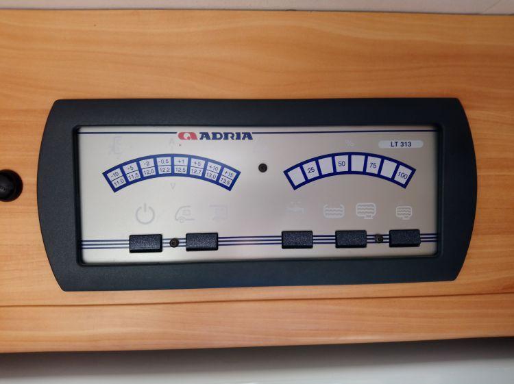 ADRIA S 670 SLT