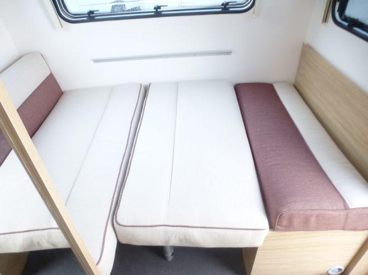 Caravane Neuf La Mancelle FANTAISY 440 très compacte, Lit central