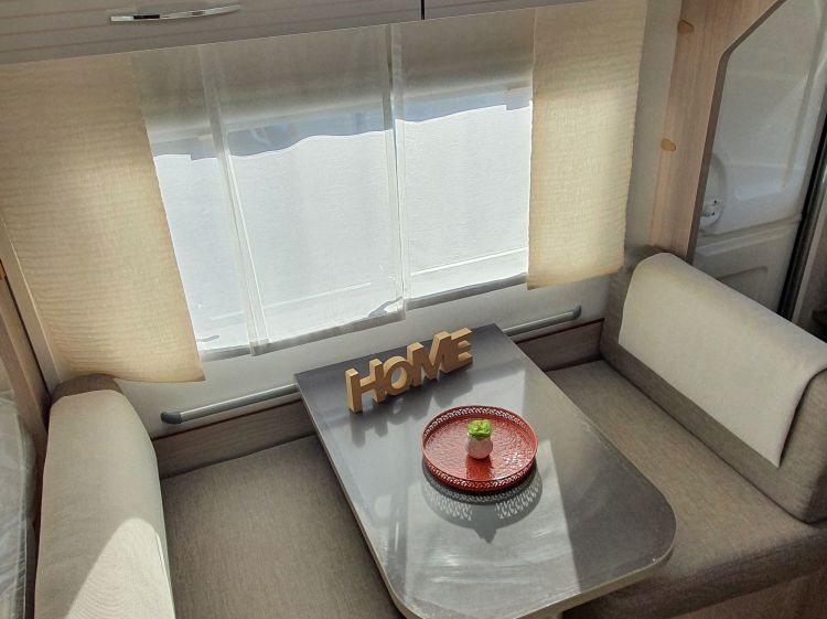 Caravane Neuf Burstner Premio Life 425 TS