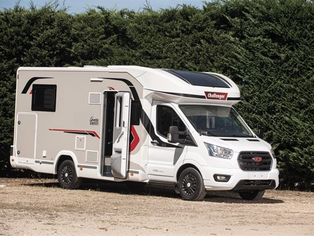 Camping-car CHALLENGER 328 Graphite Édition Vip