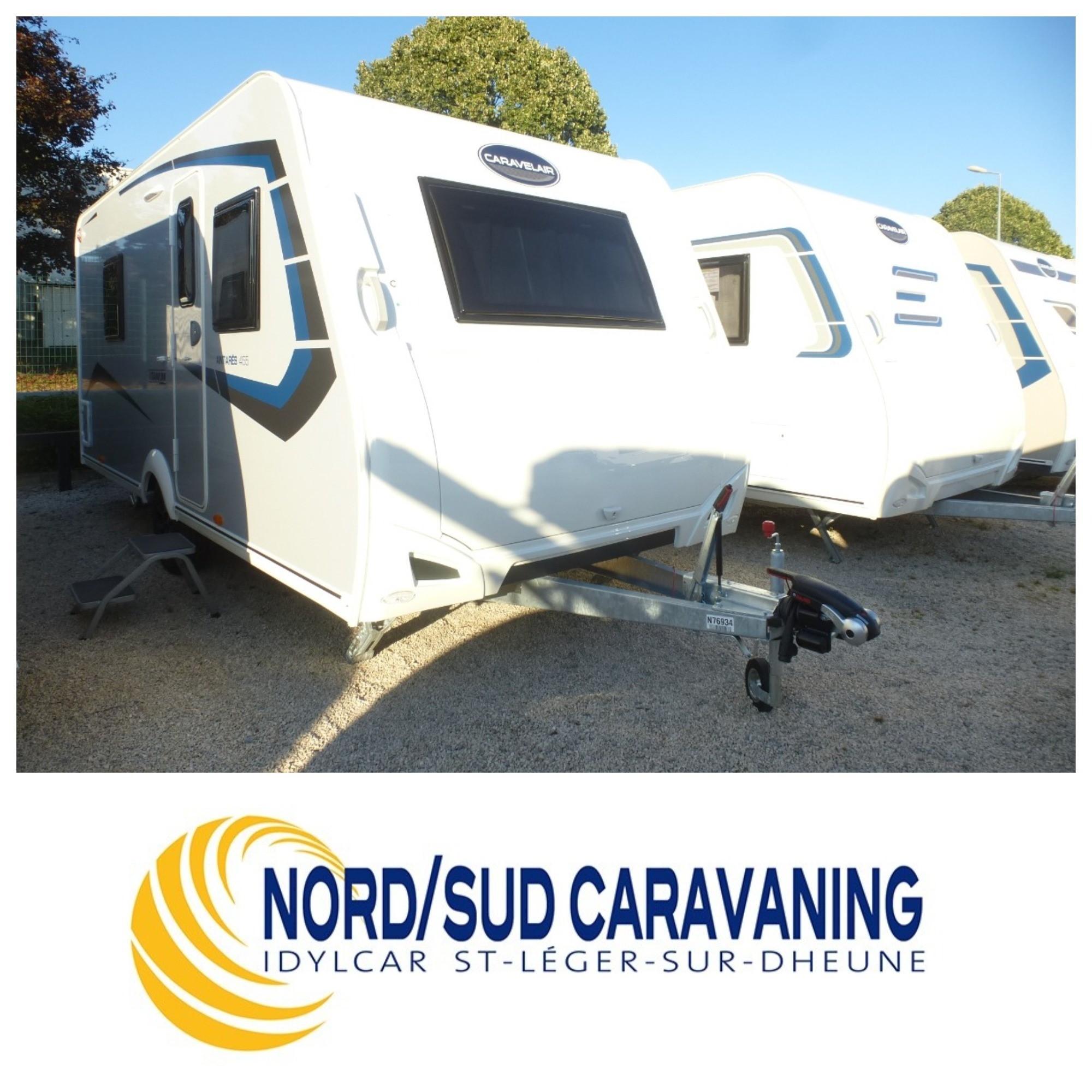 Camping-car TITANIUM 455 Salon en U, Lit à la française