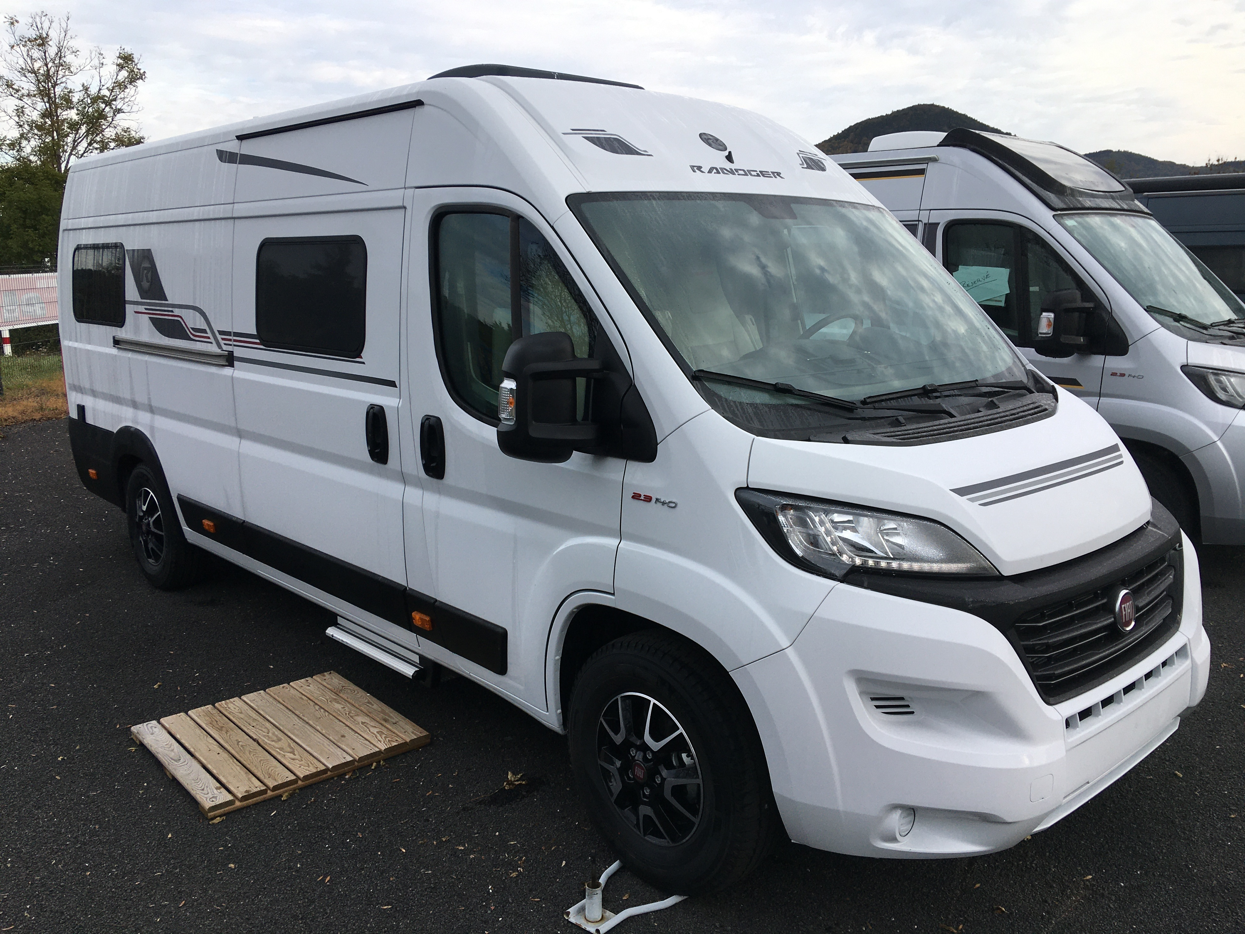 Camping-car RANDGER R640 160ch BVA ( en commande)