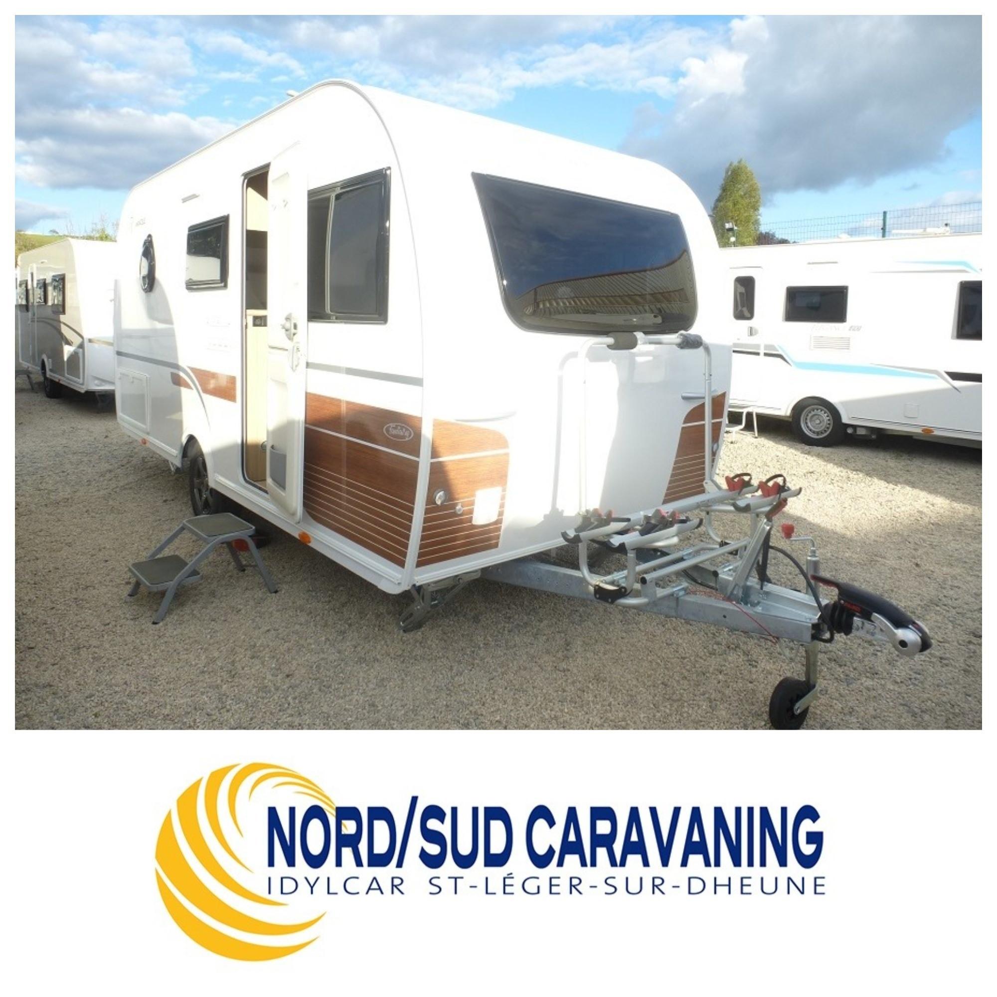 Camping-car LA MANCELLE FANTAISY 440 très compacte, Lit central